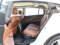 空间座椅宝马5系GT后排空间