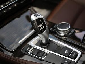 2017款528Li 豪华设计套装 变速挡杆