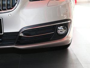2017款525Li 豪华设计套装 雾灯