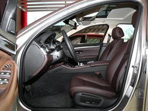 2017款525Li 豪华设计套装 前排空间
