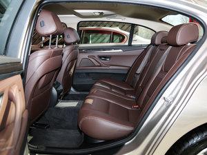 2017款525Li 豪华设计套装 后排空间