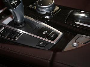 2017款525Li 豪华设计套装 驻车制动器