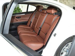 2017款520Li 典雅型 后排座椅