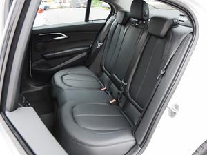 2017款118i 设计套装型 后排座椅