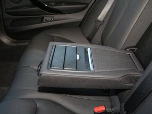 2017款320Li xDrive 时尚型 后排中央扶手