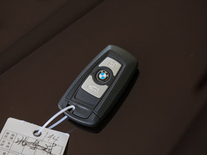 2017款320Li xDrive 时尚型 钥匙