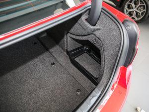 2017款320Li 时尚型 空间座椅