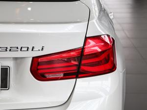 2017款320Li xDrive 时尚型 尾灯