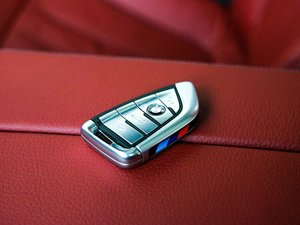 2018款530Li 领先型 M运动套装 钥匙