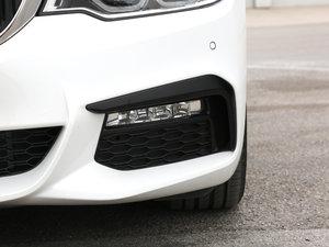 2018款530Li xDrive M运动套装 雾灯