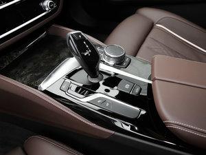 2018款530Li xDrive M运动套装 变速挡杆