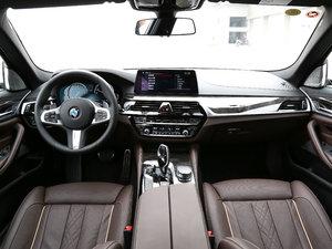 2018款530Li xDrive M运动套装 全景内饰