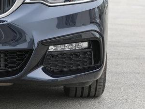 2018款530Li 领先型 M运动套装 雾灯