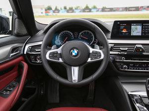 2018款530Li 领先型 M运动套装 方向盘