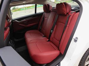 2018款528Li 上市特别版 后排座椅