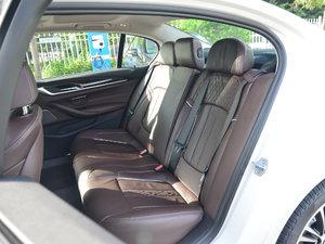 2018款530Li 尊享型 豪华套装 后排座椅