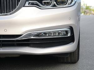 2018款530Li xDrive 豪华套装 雾灯