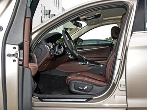 2018款530Li 领先型 豪华套装 前排空间