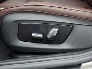 2018款530Li 领先型 豪华套装 座椅调节