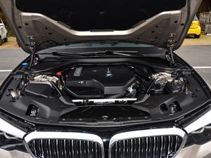 2018款530Li 领先型 豪华套装 发动机