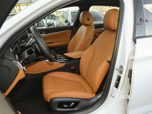 2018款改款 530Li 尊享型 M运动套装 前排座椅