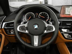 2018款改款 530Li 尊享型 M运动套装 方向盘