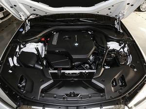 2018款改款 530Li 领先型 豪华套装 发动机