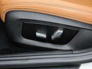 2018款改款 530Li 领先型 M运动套装 座椅调节