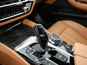 2018款改款 530Li 领先型 M运动套装 变速挡杆