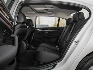 2018款改款 525Li 豪华套装 后排空间