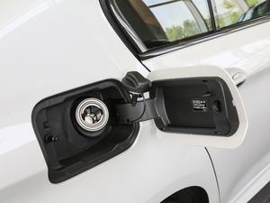 2018款530Li xDrive 豪华套装 油箱盖打开