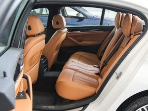 2018款530Li xDrive 豪华套装 后排空间