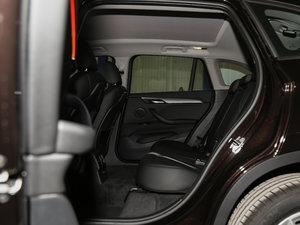 2018款sDrive 18Li 时尚型 后排空间