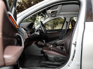 2018款xDrive 25Le 豪华型 前排空间