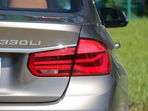 2018款330Li xDrive豪华套装 尾灯