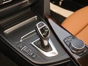 2018款330Li xDrive豪华套装 变速挡杆