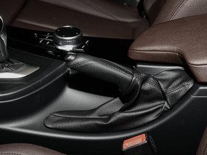 2018款320Li 领先型M运动套装 驻车制动器