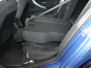 2018款320i M运动套装 后排座椅放倒