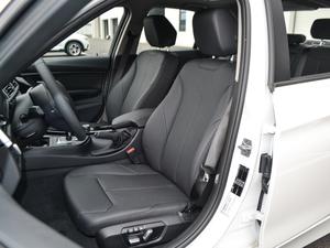 2018款318i 前排座椅
