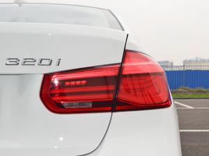 2018款320i M运动套装 尾灯