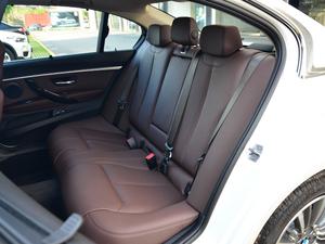 2018款320Li 领先型豪华套装 后排座椅