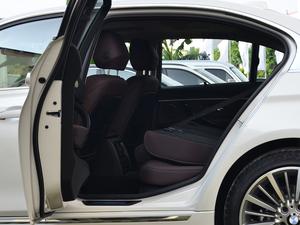 2018款320Li 领先型豪华套装 后排座椅放倒