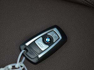 2018款320Li 领先型豪华套装 钥匙
