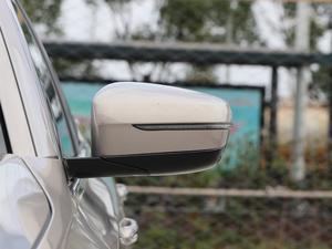 2018款530Le 基本型  后视镜