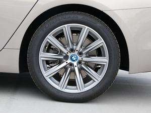 2018款530Le 豪华套装 轮胎