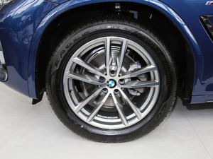 2018款xDrive 30i 领先型M运动套装 轮胎