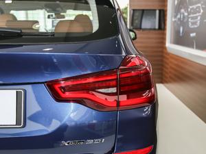 2018款xDrive 30i 领先型M运动套装 尾灯