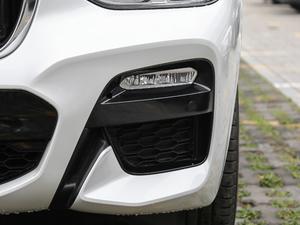 2018款xDrive 30i 领先型M运动套装 雾灯