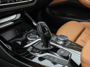 2018款xDrive 30i 领先型M运动套装 变速挡杆