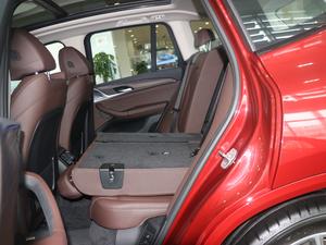 2018款xDrive 30i 领先型M运动套装 后排座椅放倒